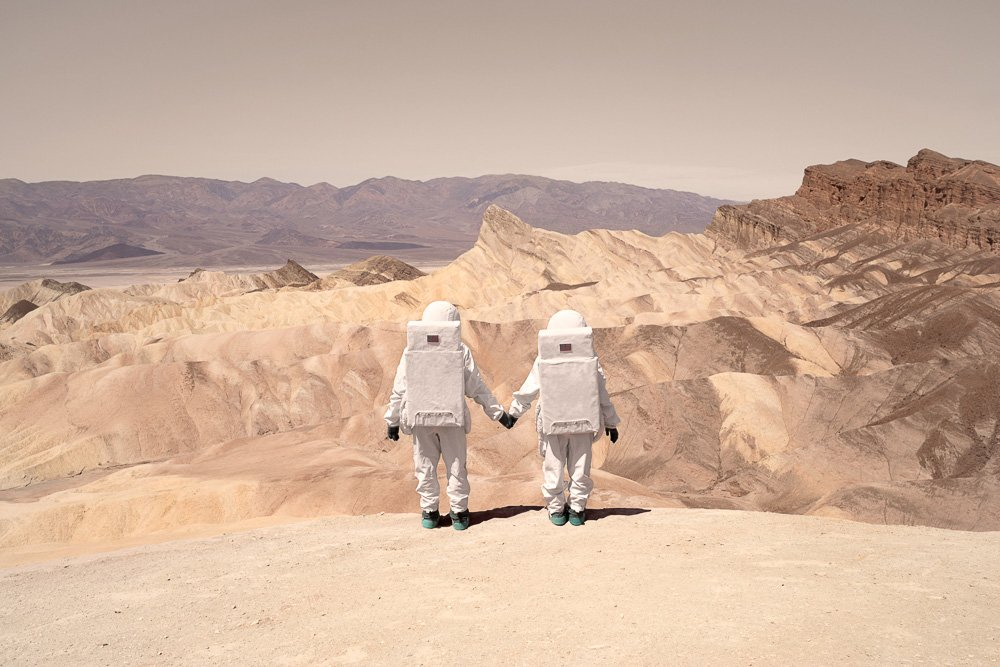 greetings-from-mars-surreal-snapshots-by-julien-mauve-10