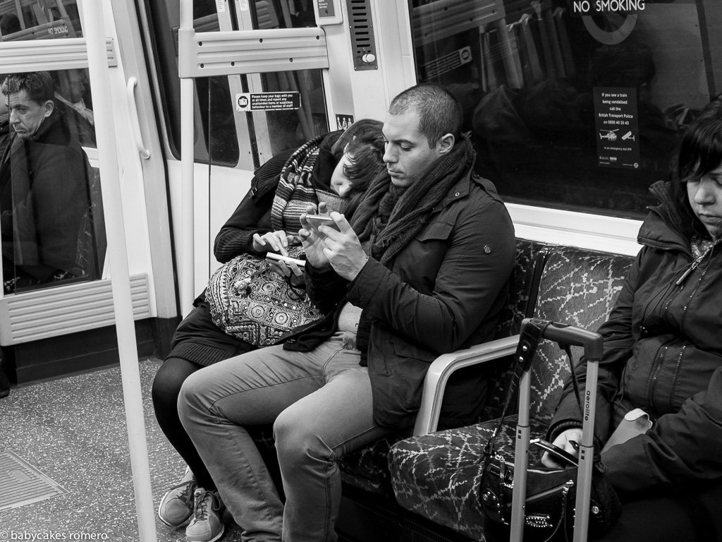 digital-age-the-death-of-conversation-documented-in-photos-11