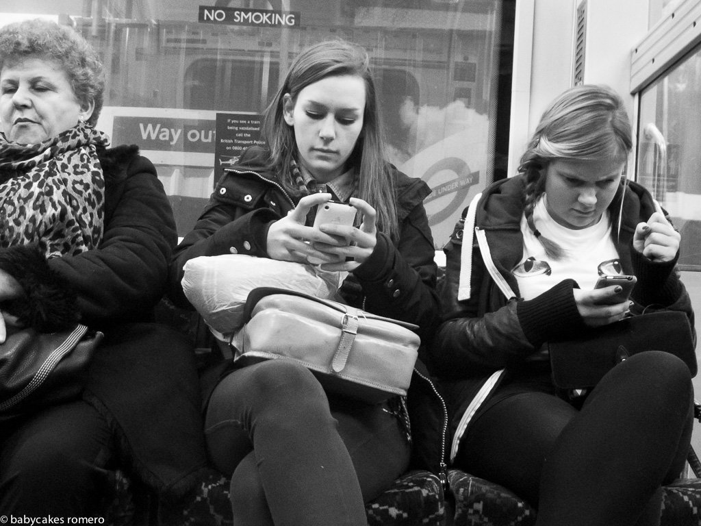 digital-age-the-death-of-conversation-documented-in-photos-6