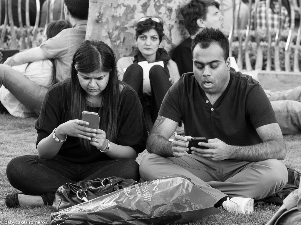 digital-age-the-death-of-conversation-documented-in-photos-9
