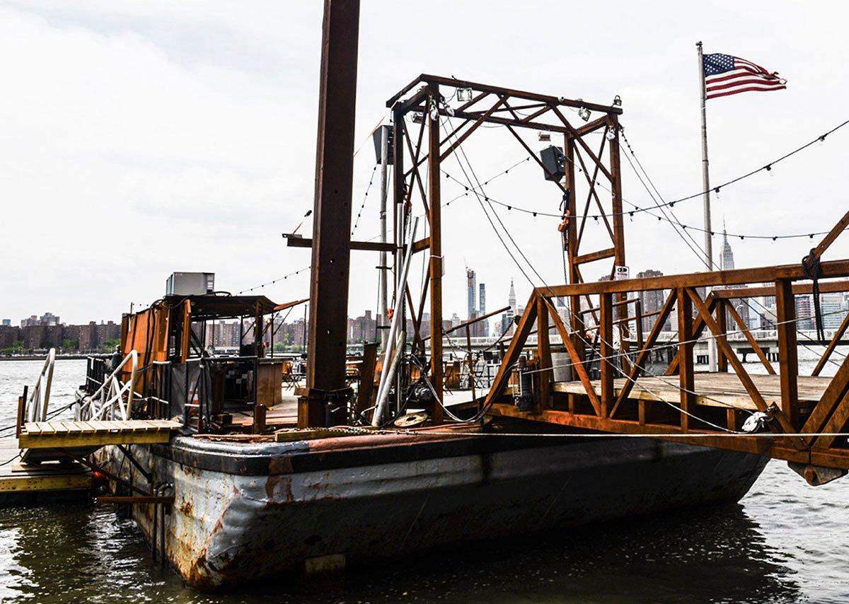 brooklyn-barge-restaurant-new-york