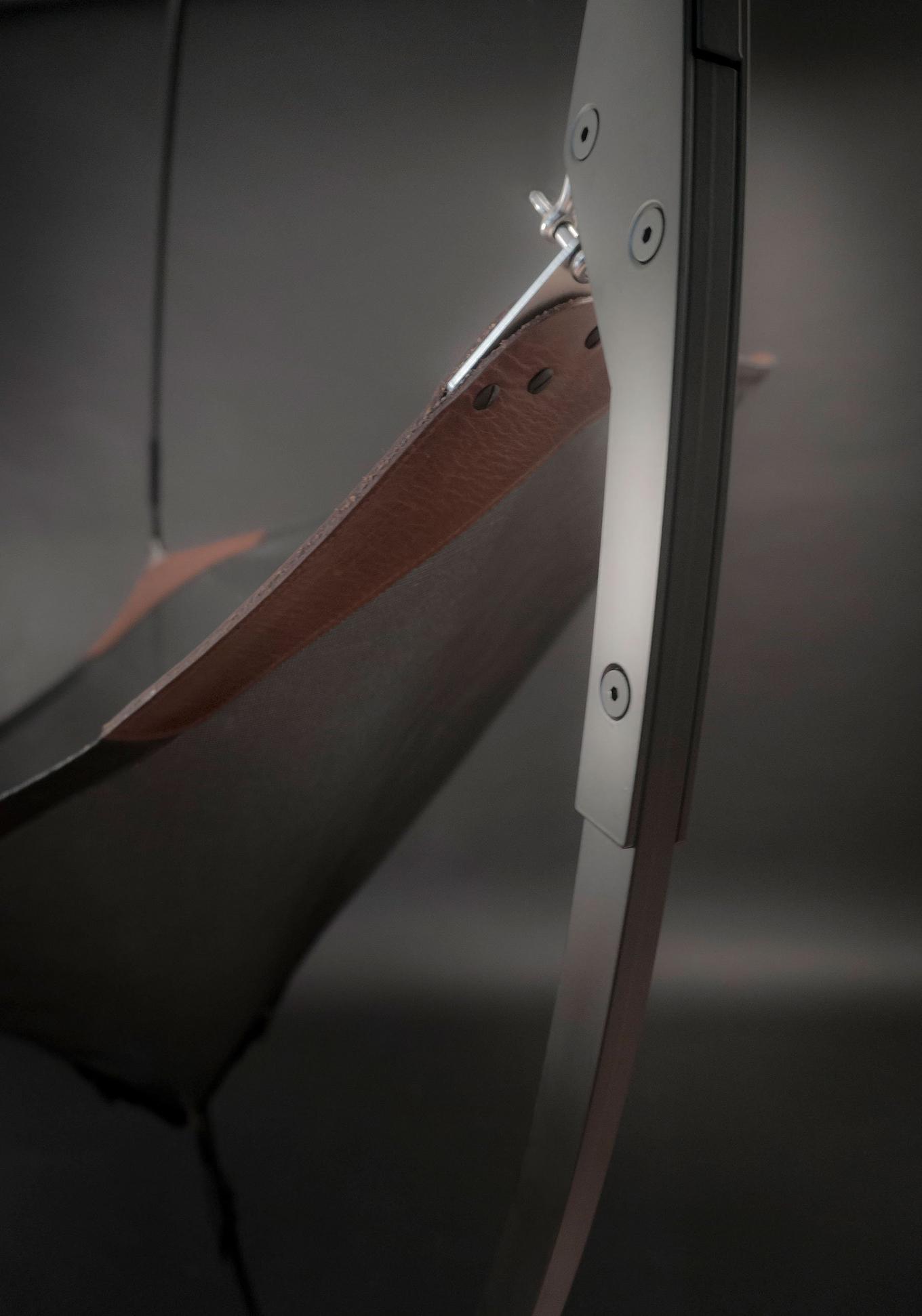 the-melies-hanging-chair-gessato-5