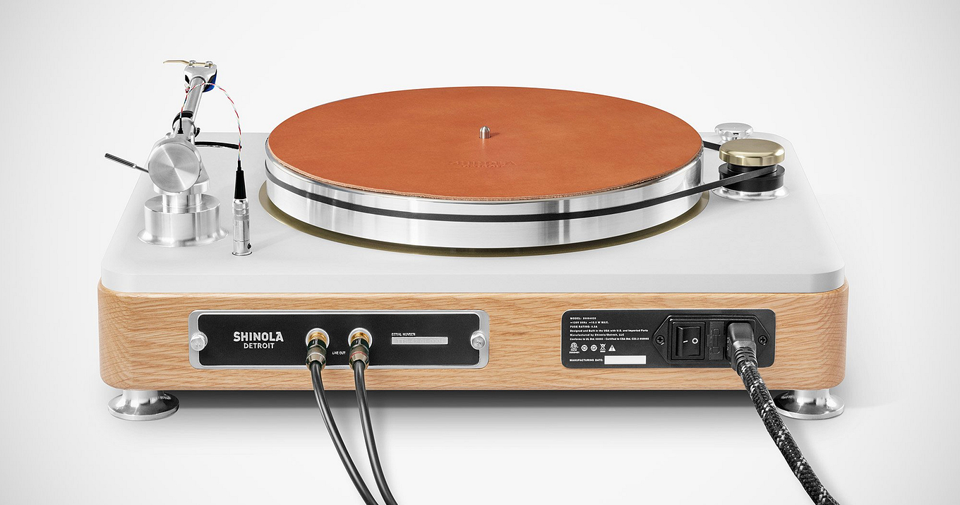 the-runwell-turntable-by-shinola-7