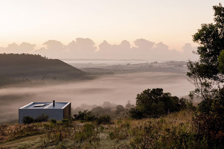 retreat-in-finca-anguy-mapa-architects-gessato-7