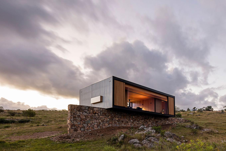 retreat-in-finca-anguy-mapa-architects-gessato-8