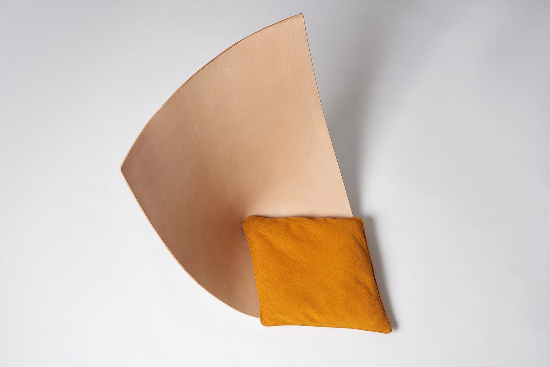 babu-and-clop-chairs-by-toru-gessato-11