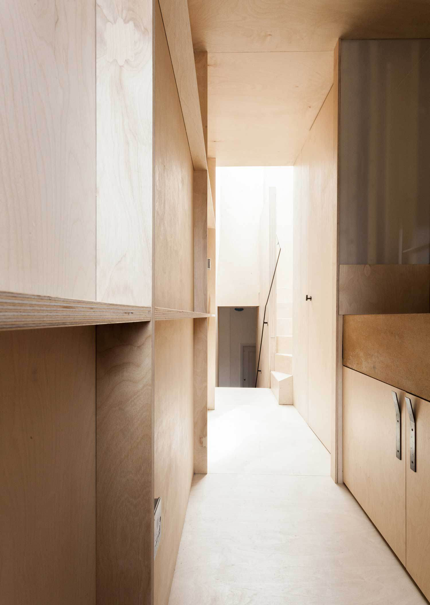 plywood-house-renovation-in-london-5b