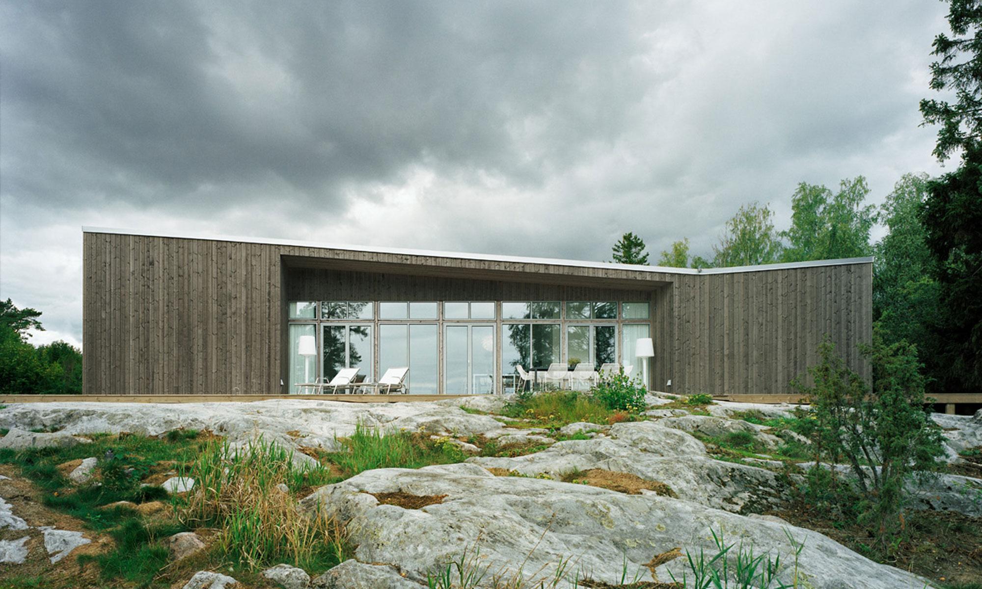 Scandinavian Houses Nestled in Spectacular Landscapes   Gessato