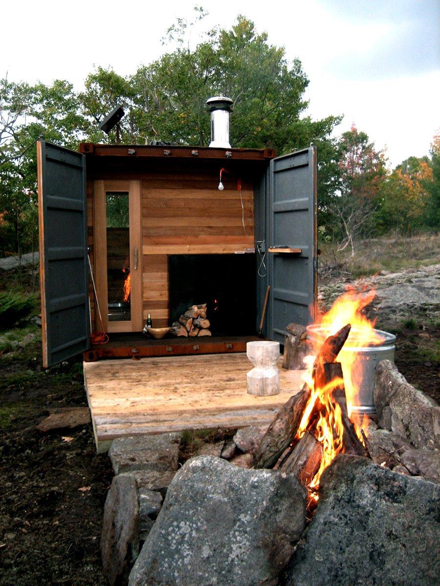 Castor-Design-Sauna-Box-1-gardenista