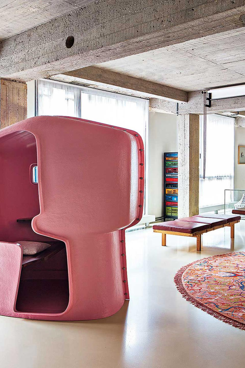 industrial-loft-with-a-bold-collection-of-decor-4