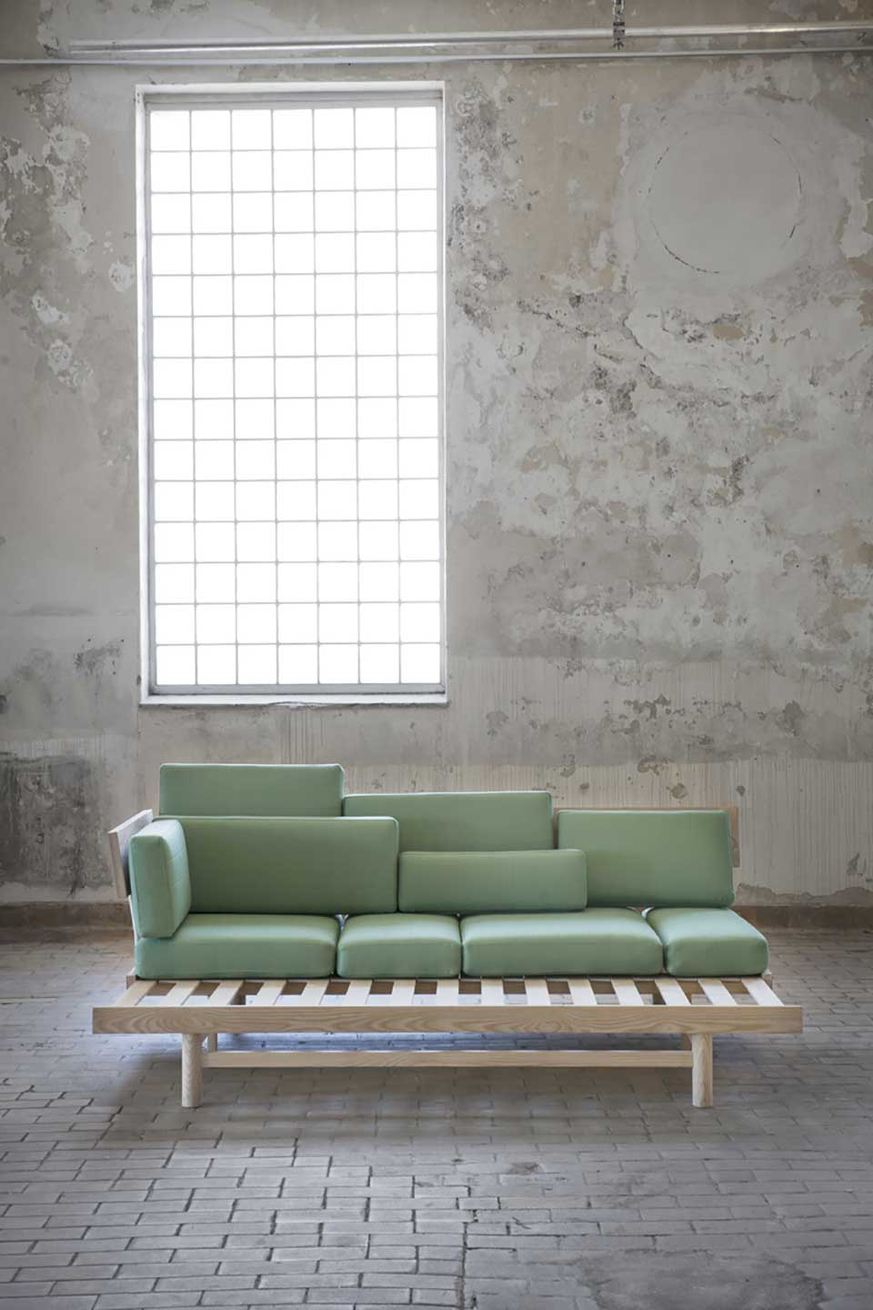space-efficient-furniture-by-silje-nesdel-10