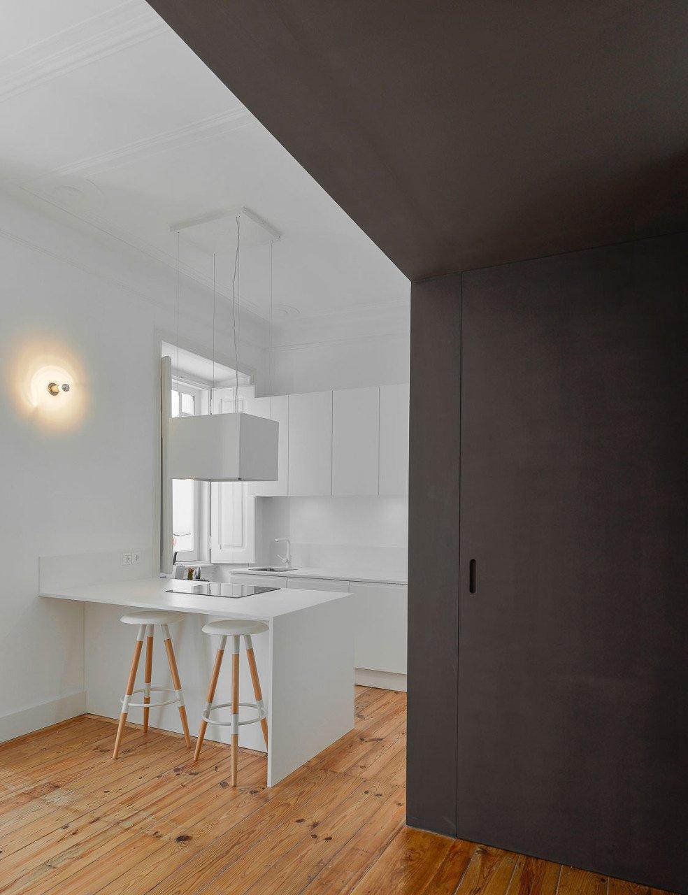 elegant-historical-apartment-renovation-in-lisbon-13
